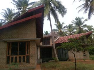 Retreat by the river - Karnataka vacation rentals