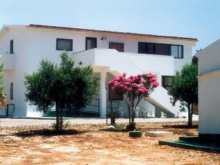 Capo Scalambri - 1P.Ovest - Santa Croce Camerina vacation rentals