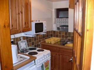 Nice 1 bedroom Stoke-on-Trent Cottage with Linens Provided - Stoke-on-Trent vacation rentals
