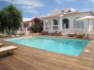 Perfect 4 bedroom Villa in Es Pujols - Es Pujols vacation rentals
