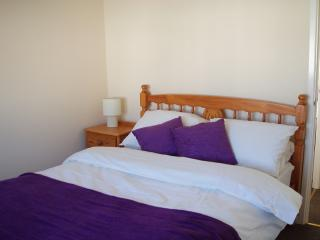 Nice 2 bedroom Chalet in Freshwater East - Freshwater East vacation rentals
