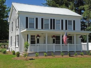 Cozy 3 bedroom House in Milford - Milford vacation rentals