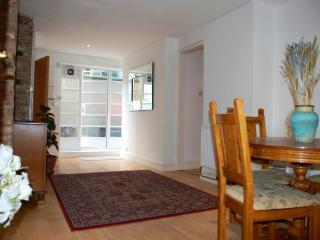 1A Ground Floor - London vacation rentals