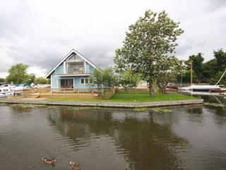 MALLARD VIEW, HORNING - Norfolkrivercottages - Horning vacation rentals