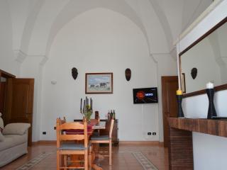 2 bedroom Condo with Internet Access in Martignano - Martignano vacation rentals