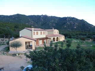 2 bedroom Farmhouse Barn with Internet Access in San Priamo - San Priamo vacation rentals