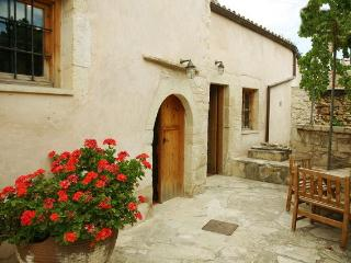 Lithos traditional house Ontas - Tzitzifes vacation rentals
