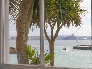 Karenza Cottage - pretty 2 bed cottage with views - Penzance vacation rentals