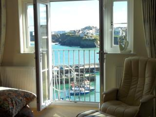 11 Harbour View Newquay - Newquay vacation rentals