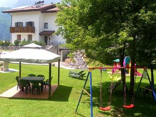 Arcobal.2-Molveno appartamenti - Molveno vacation rentals