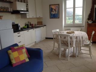 Casa Margherita:close to Santa Margherita Ligure - San Lorenzo della Costa vacation rentals