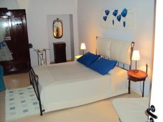 Sienahomeandsailing-Orange apartment - Siena vacation rentals