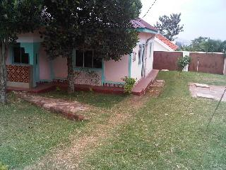 Comfortable 14 bedroom Resort in Central Region with Internet Access - Central Region vacation rentals