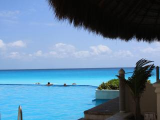 Amazing 360 ' view Pent House  Cancun - Cancun vacation rentals