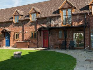 Solent Reach Mews No2 - Lymington vacation rentals