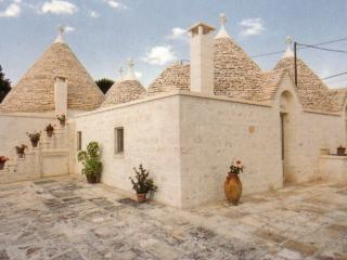 Nice Trullo with Internet Access and Short Breaks Allowed - Locorotondo vacation rentals