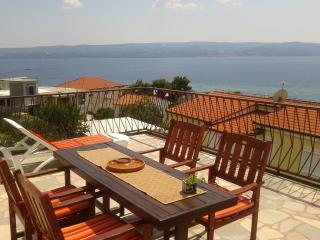 Beautiful Apartment with Internet Access and Microwave - Dugi Rat vacation rentals