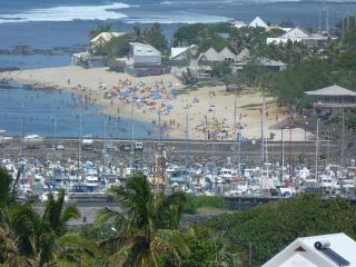 Sunny House with Satellite Or Cable TV and Television in Saint-Pierre De La Reunion - Saint-Pierre De La Reunion vacation rentals