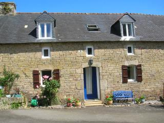 Bot Coet Cottages, Adele Cottage - Ploerdut vacation rentals