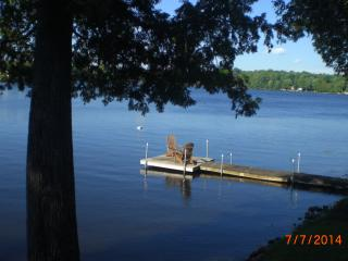 Quaint Cottage on a Lovely Waterfront Property, cl - Minden vacation rentals