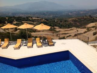 Beautiful 2 bedroom Villa in Kastellos - Kastellos vacation rentals