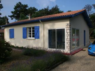 Nice Bungalow with Internet Access and Satellite Or Cable TV - Vendays Montalivet vacation rentals