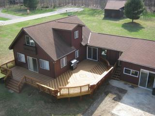 The Hidding Place - Pentwater vacation rentals