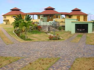 3 bedroom House with Internet Access in Cabrera - Cabrera vacation rentals
