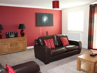 Cowslip Cottage Lakeview Holiday Cottages - Bridgwater vacation rentals