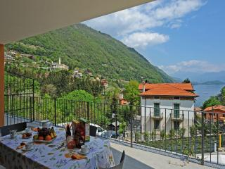 1 bedroom Apartment with Central Heating in Argegno - Argegno vacation rentals