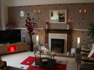 Romantic 1 bedroom Weston super Mare Condo with Internet Access - Weston super Mare vacation rentals
