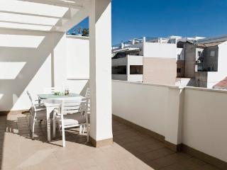 Pool Beach 2room 6pax Penthous - Rincon de la Victoria vacation rentals