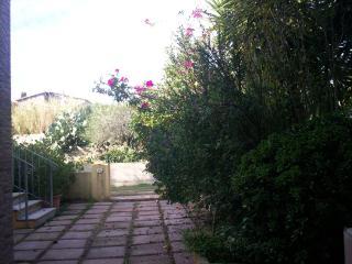 4 bedroom House with Internet Access in La Maddalena - La Maddalena vacation rentals