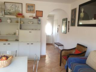 Charming Tuscan holiday apartment in Castiglione Della Pescaia - Castiglione Della Pescaia vacation rentals