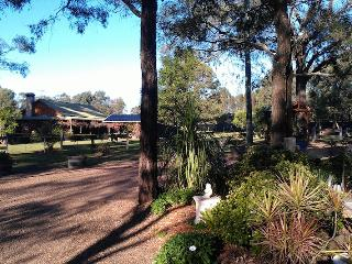 Silky Oak Cottage, Hunter Valley - Pokolbin vacation rentals