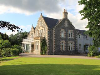 Holmhill House luxury holiday ski house - Grantown-on-Spey vacation rentals