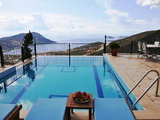 Villa Kalkan Tepe, in Akbel, stunning sea views - Kalkan vacation rentals