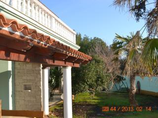 2 bedroom apt with garden (5) - Premantura vacation rentals