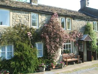 Comfortable Cottage with Internet Access and Television - Kettlewell vacation rentals