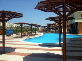 Apartment with extra service - Hurghada vacation rentals