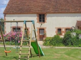 Bright 2 bedroom Gite in Mennetou-sur-cher with Internet Access - Mennetou-sur-cher vacation rentals