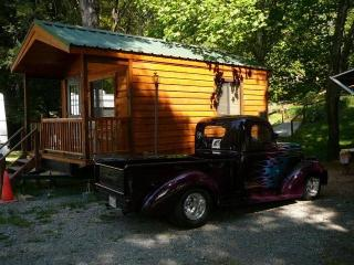 Cozy Cabin with Internet Access and A/C - Redway vacation rentals