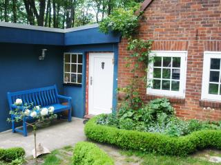2 bedroom Apartment with Internet Access in Worpswede - Worpswede vacation rentals