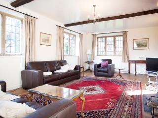 Perfect House with Microwave and Washing Machine - Lower Slaughter vacation rentals