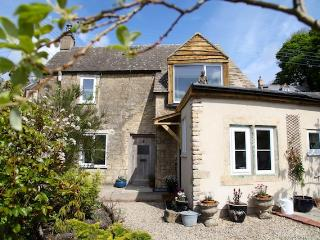 Stunning peaceful Cotswold cottage - Chalford vacation rentals
