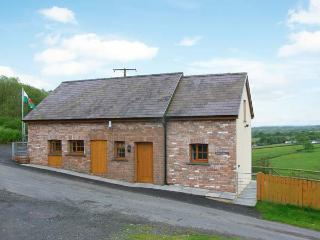 BWTHYN-Y-RHIW, detached cottage, countryside views, enclosed garden, near - Llandeilo vacation rentals