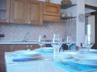 2 bedroom Condo with Internet Access in Alghero - Alghero vacation rentals