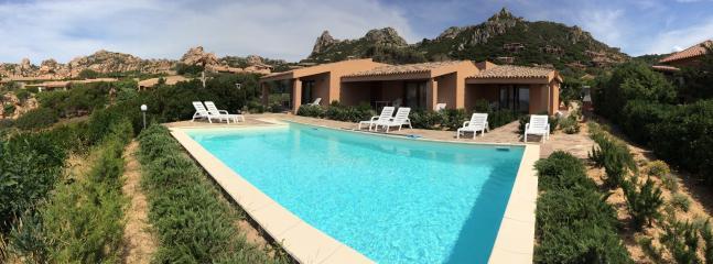 2 bedroom Apartment with Balcony in Costa Paradiso - Costa Paradiso vacation rentals
