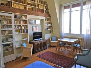 ARTIST STUDIO VIEW ON EIFFEL T - Paris vacation rentals