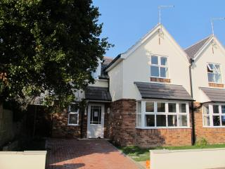 Carlton Road Holiday Home - Bournemouth vacation rentals